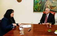 Senadora Rose de Freitas se reúne com Temer para liberar recursos para Ifes e manter Receita Federal em São Mateus
