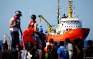 Novo governo da Itália não autoriza entrada de barco de imigrantes