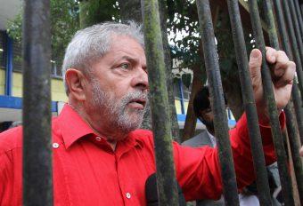 Mesmo preso, ex-presidente Lula será comentarista da Copa do Mundo na TV;