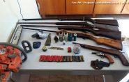 Polícia prende três pessoas e apreende armas em Ecoporanga