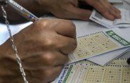 Mega Sena acumula e promete pagar R$ 14 milhões no próximo sorteio