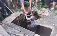 Menina é resgatada após cair em poço com 10 metros de profundidade no Sul do ES; vídeo