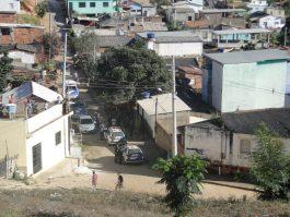 Polícia fecha o cerco, prende três pessoas e apreende drogas e armas em Mantenópolis