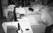 Homem arromba loja e empresária tem prejuízo de R$ 3 mil em São Mateus; veja o vídeo