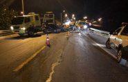 Motorista morre ao bater de frente em ônibus na Barra