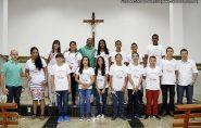 14 Adolescentes e Jovens Receberam a 1ª Eucaristia na Comunidade São José Operário, confira as fotos