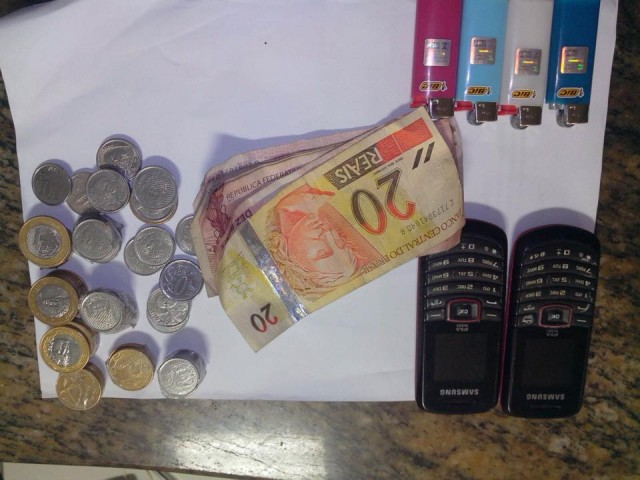 assalto-10set2015-dinheiro