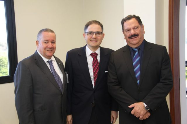 Homero Mafra, conselheiro Fernando Mattos e corregedor desembargador Ronaldo de Sousa. Foto: Divulgação Justiça Federal.