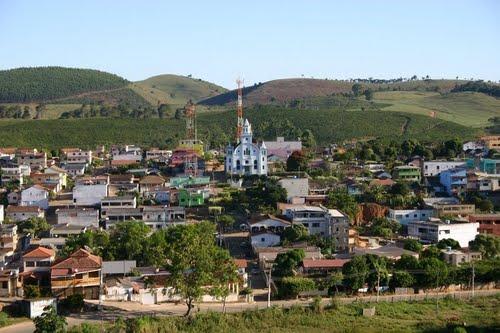 Oportunidade na região  Alto Rio Novo tem seleção com salário de até R  8  mil 77ee89311d7e7